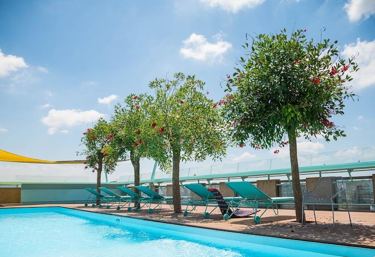 Bossa Nova Beirut Hotel, Sin El Fil, Udendørs pool