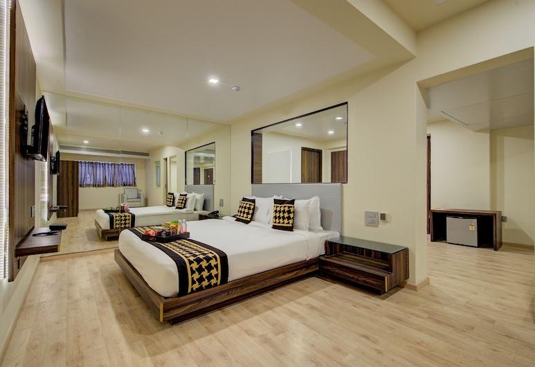 Edition O 30013 Seawood Juhu, Mumbai, Double or Twin Room, Guest Room