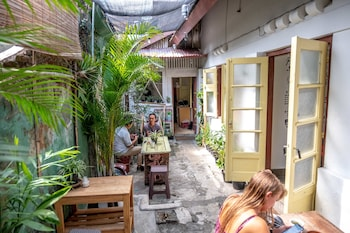Picture of Snooze Guesthouse Yogyakarta - Hostel in Yogyakarta (and vicinity)