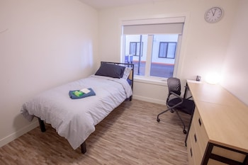 Picture of Stay With Ease Hospitality! 3 Bed 2 Bath in Edmonton