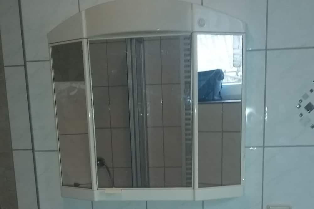 Basic Apart Daire, 1 Yatak Odası, Sigara İçilmez (Typ 2) - Banyo