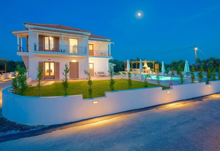 Melograno IV, Zakynthos, Front of property – evening