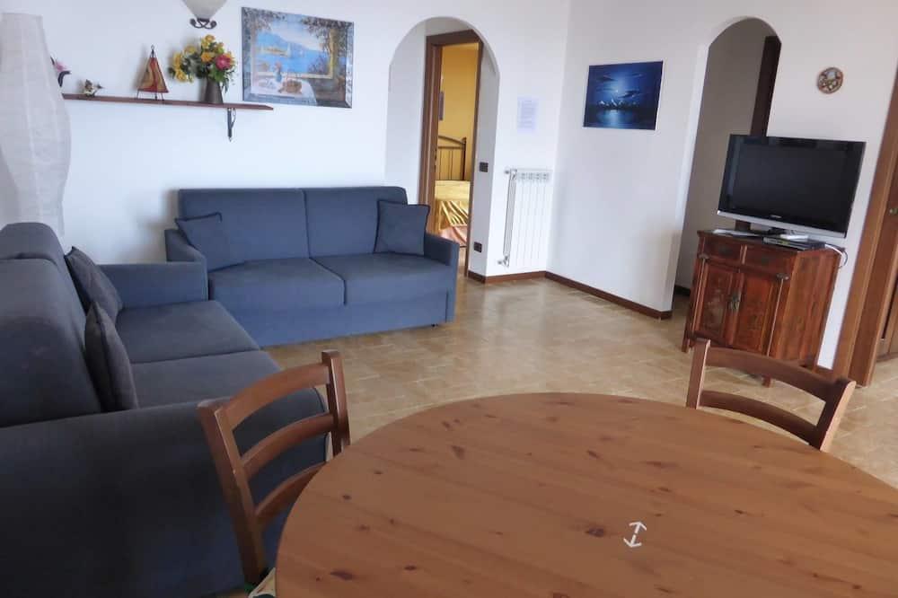 Apartment, 3 Bedrooms, 2 Bathrooms, Sea View (12 pax) - Living Area