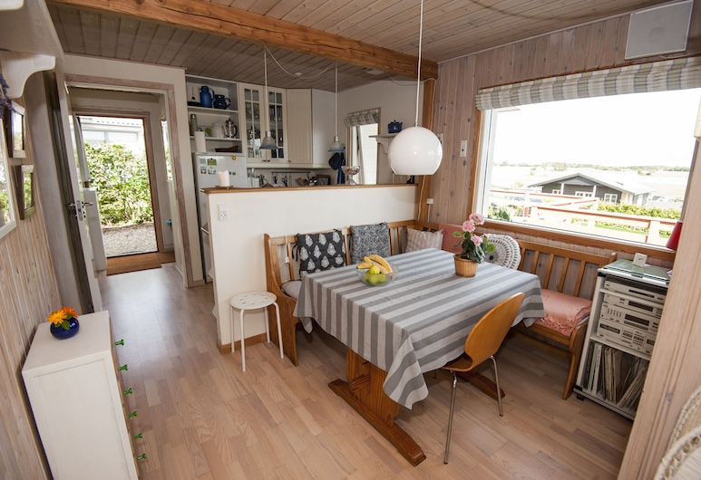 Holiday Home Kerteminde N4-139, קרטמינדה, קוטג', מספר מיטות, ללא עישון, סלון
