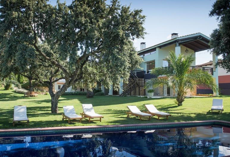 隆達旅館, 隆達, 室外泳池