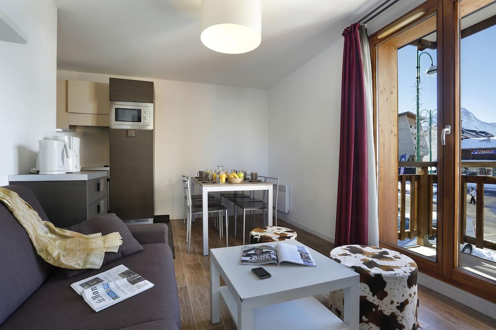 Classic Apartment (2 chambres - 6 personnes) - Living Area