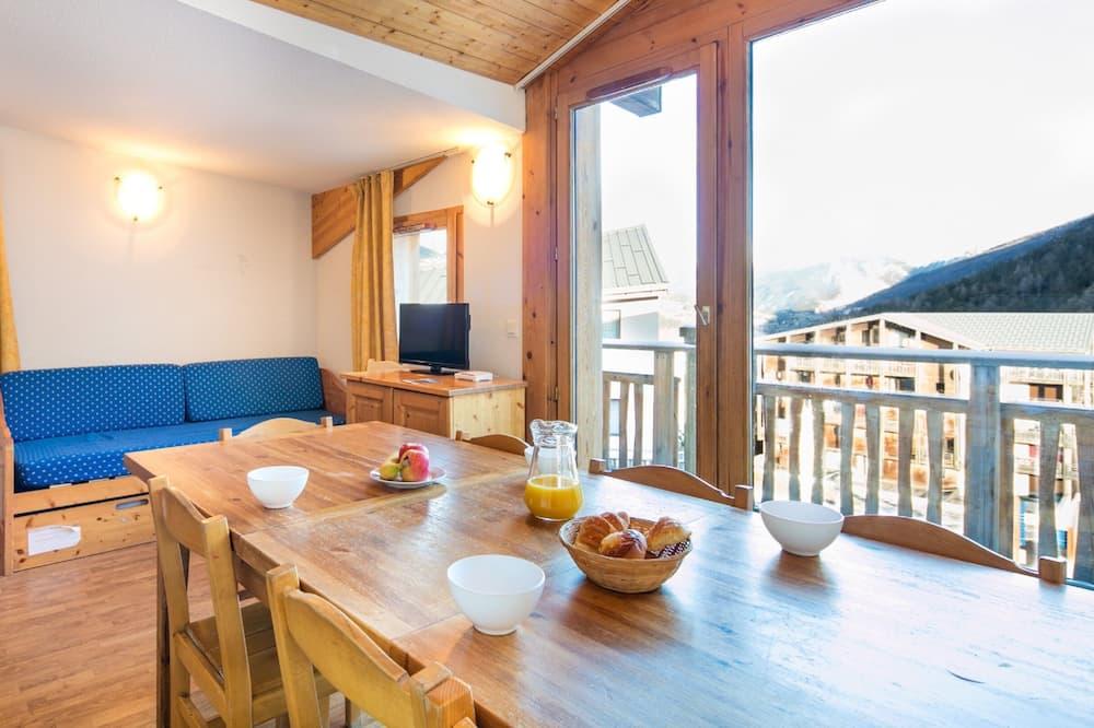 Apartment, 3 Bedrooms (10 pers) - Tempat Makan dalam Bilik