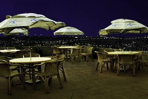 拉赫唯一飯店/