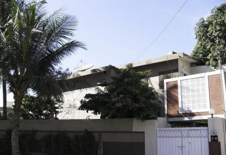 阿薩熙旅館, 卡拉奇, 酒店入口