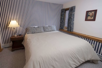 Enter your dates to get the Ludlow hotel deal