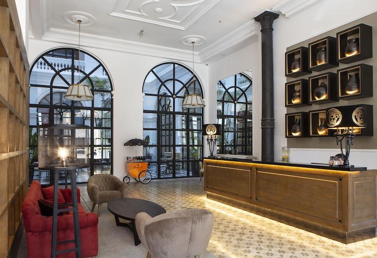 Palmaroga Hotel, Asunción, Reception