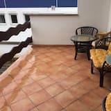 Basic apartman, 4 spavaće sobe, balkon, pogled na vrt - Balkon