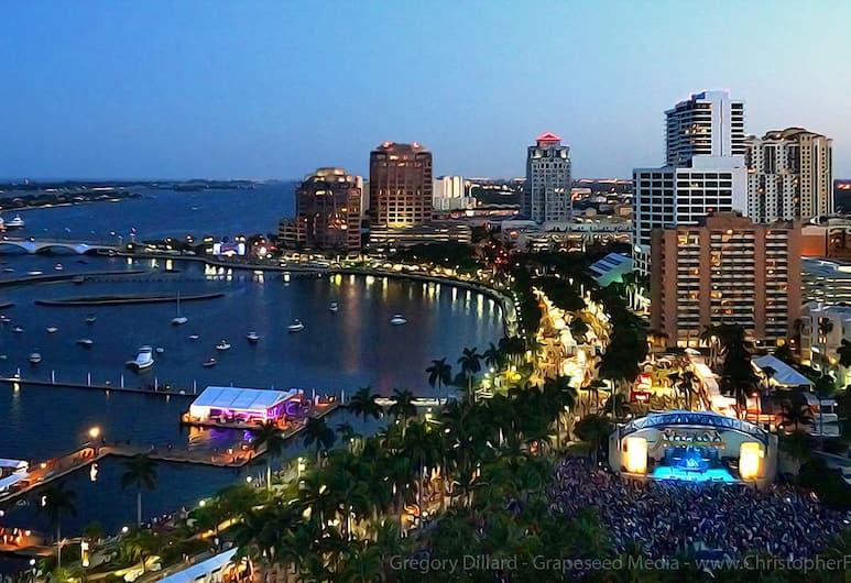 The Palm Beach Hotel Penthouse 3 by PBVR, Palm Beach