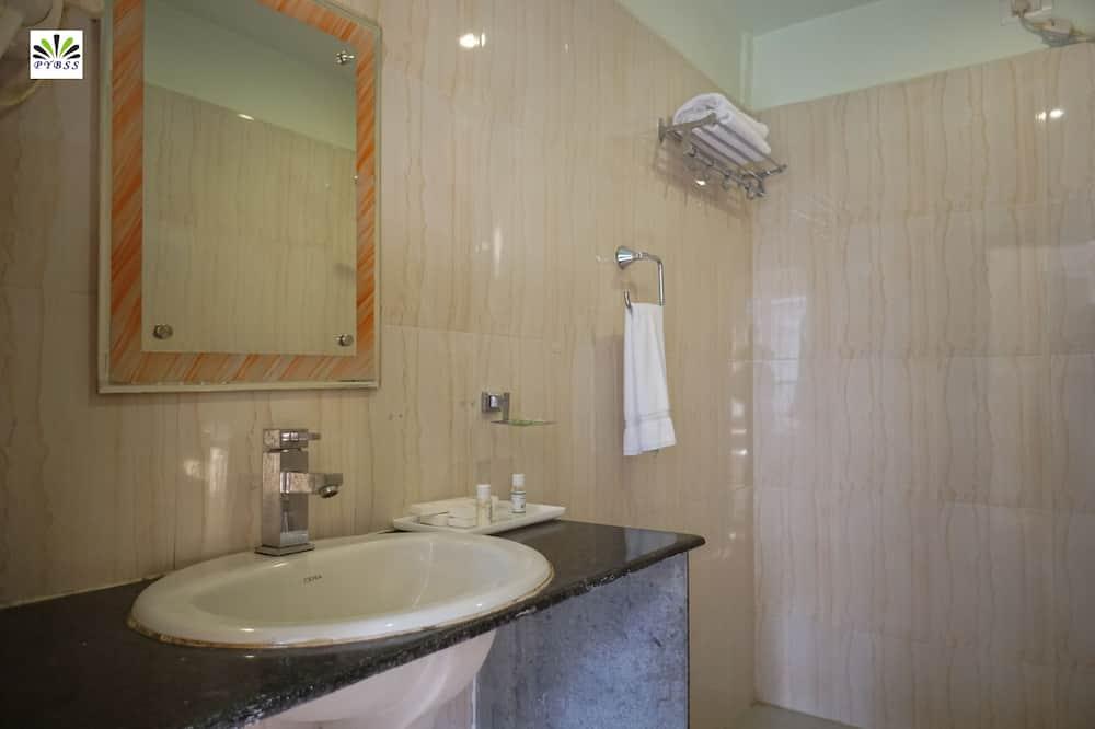 Dvojlôžková izba typu Business pre 1 osobu - Kúpeľňa