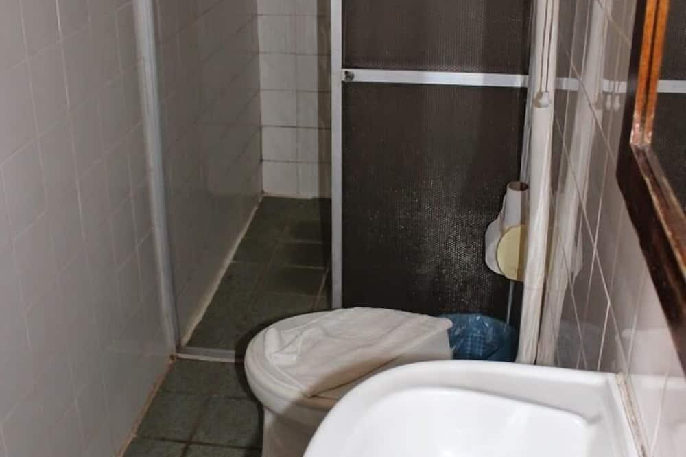 Triple Room (3 camas de solteiro) - Bilik mandi