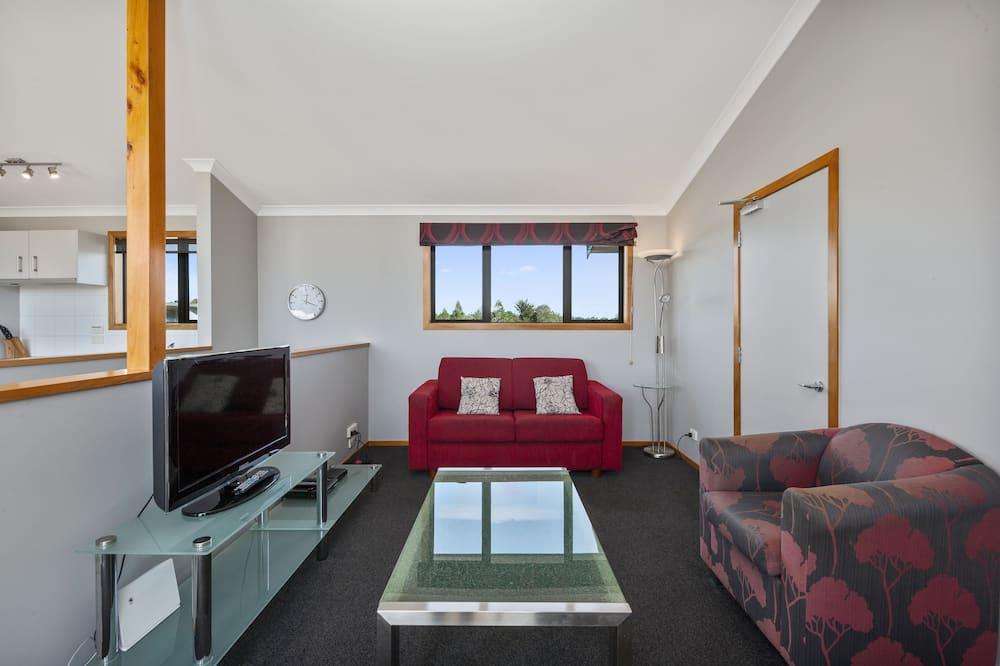 Apartmán typu Comfort, 2 spálne, výhľad na hory (Tokaanu) - Obývačka