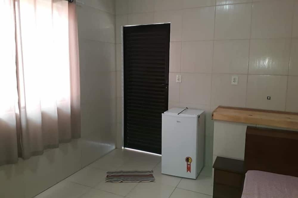 Quadruple Room, Multiple Beds, Non Smoking - Mini Refrigerator