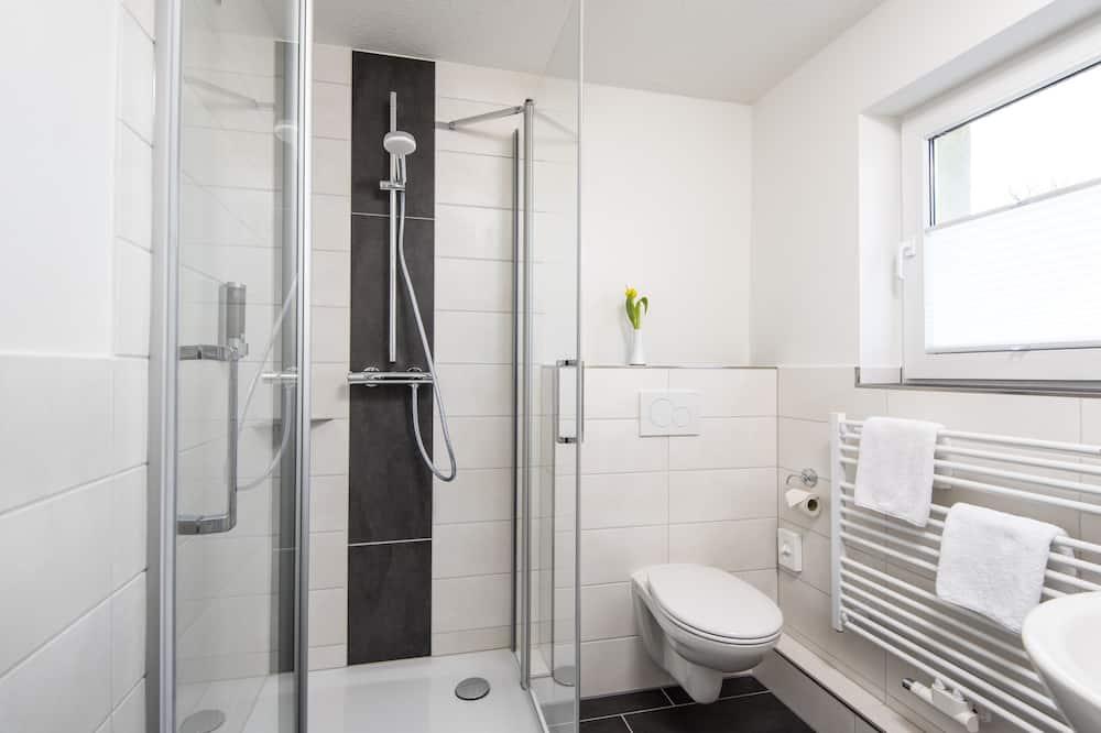 Standard Τετράκλινο Δωμάτιο, Ιδιωτικό Μπάνιο - Μπάνιο