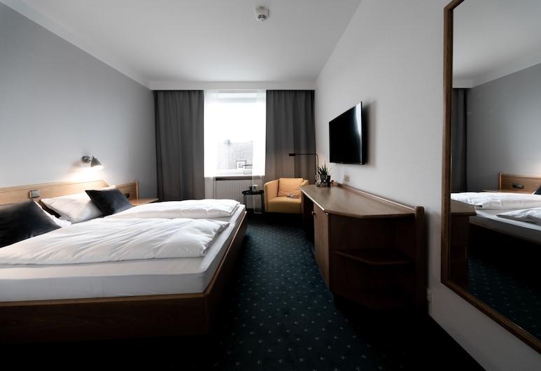Stadthotel Freilassing, Freilassing, Habitación doble básica, 1 cama doble, para no fumadores, vista a la ciudad, Habitación