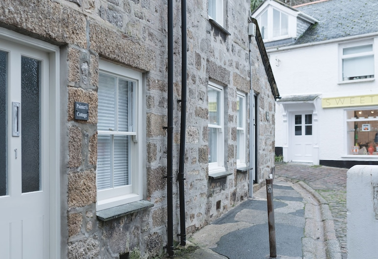 Painter's Cottage in the Heart of St Ives, Very Close to sea Front at Harbour, Great Base to Explore From! Free Wifi, เซนต์ไอฟส์