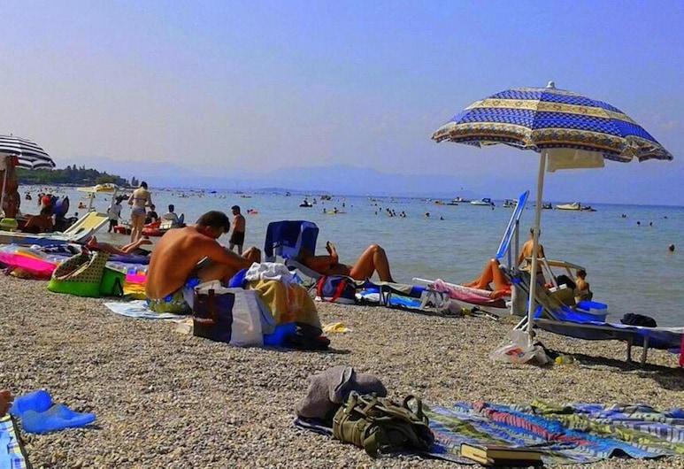 拉莫那 16 号民宿, 佩斯基耶拉 , 海滩