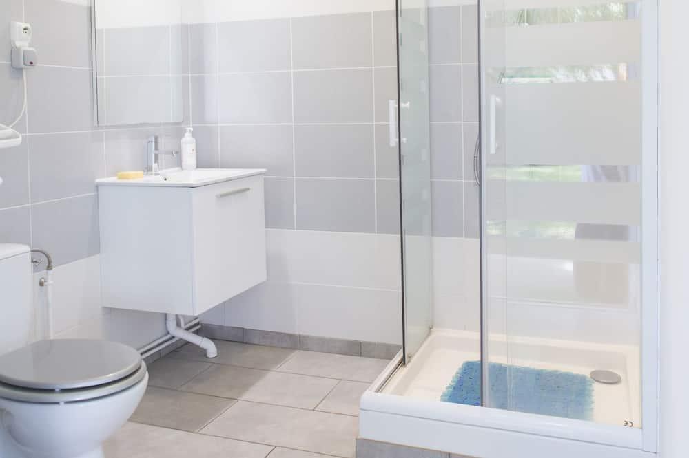 Standard Yurt - Bathroom