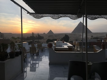 Picture of Sunshine Pyramids View Inn in Giza