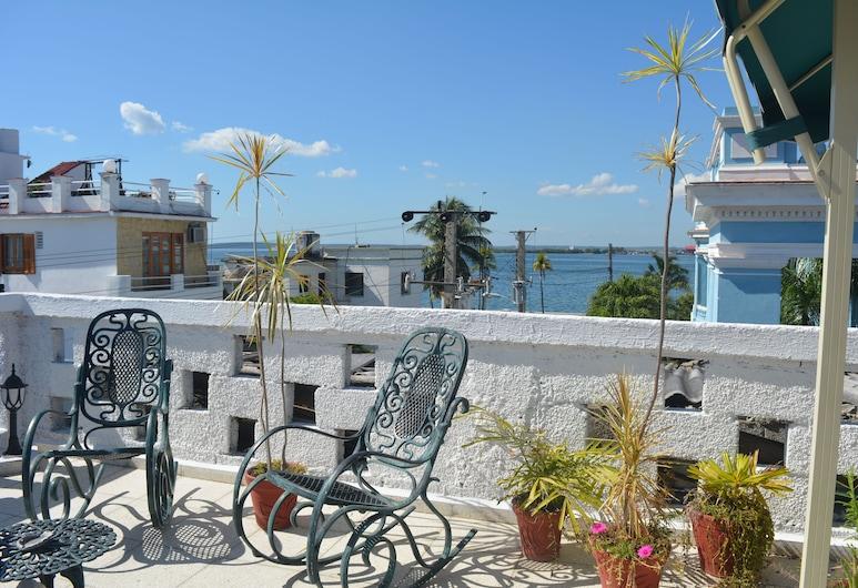Hostal Horizonte, Cienfuegos, Rodinná dvojlôžková izba, 1 spálňa, fajčiarska izba, súkromná kúpeľňa, Hosťovská izba