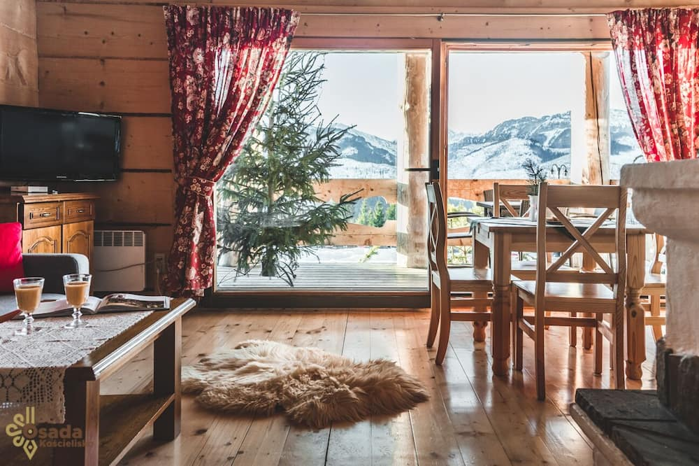 Deluxe Apartment, Mountain View (4 persons) - In-Room Dining
