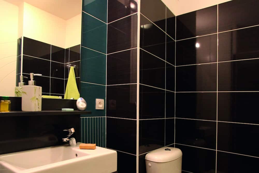 Studio - Sink Bilik Mandi