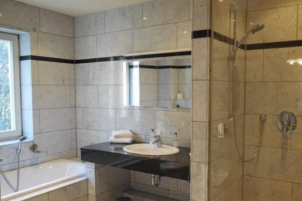 Habitación doble Confort (Balcony/Terrace) - Baño