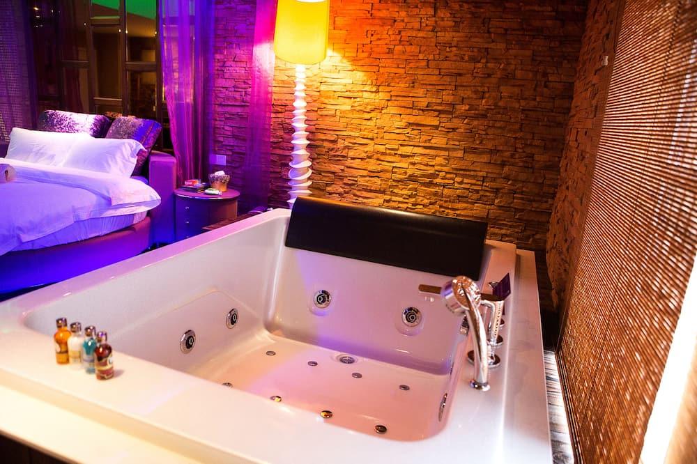 Романтический двухместный номер с 1 двуспальной кроватью, 1 спальня - Гидромассажная ванна