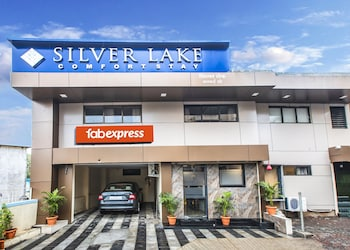 Picture of FabExpress Silver Lake in Mumbai