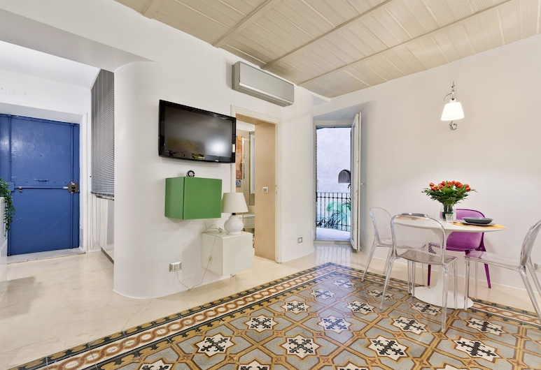 Rome as you feel - Monserrato Design Apartment in Navona, Rome, Apartment, 1 Bedroom, In-Room Dining