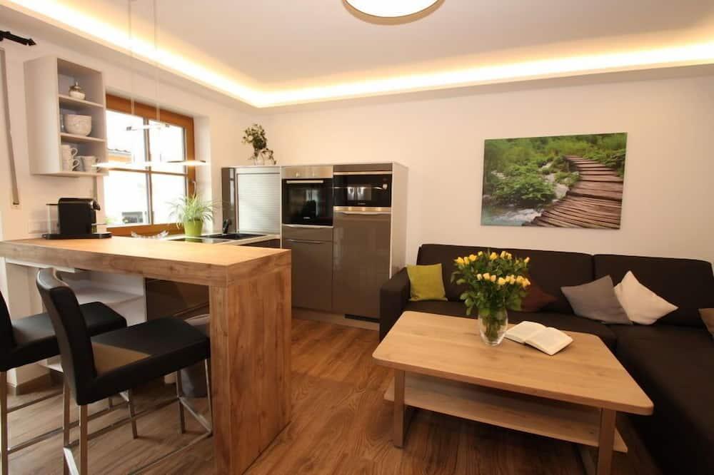Apartment, Kitchenette (7) - Living Area