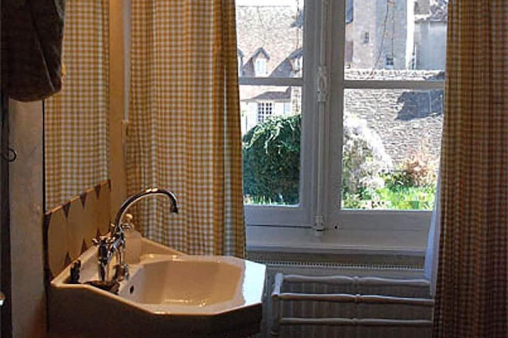 家庭套房 - 浴室洗手台