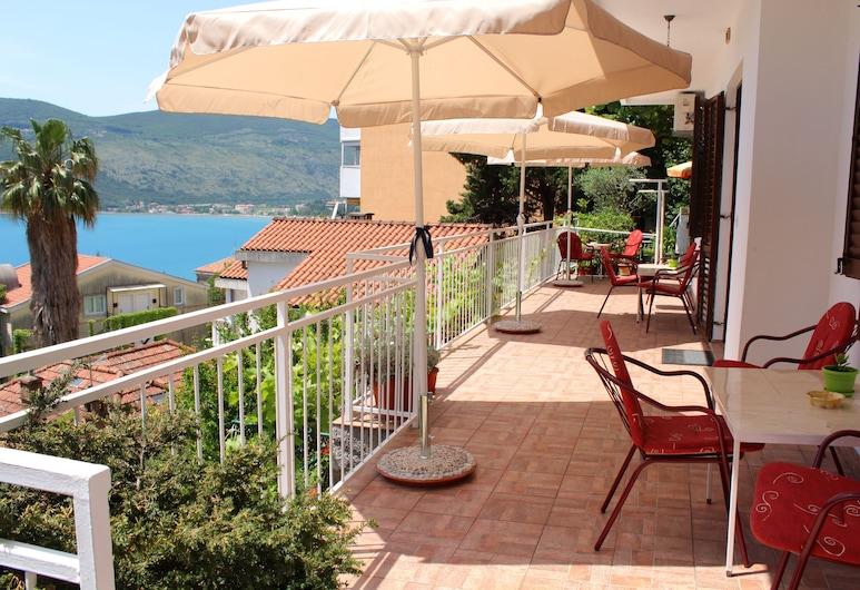Guest House Tomanovic, Herceg Novi, Terraza o patio