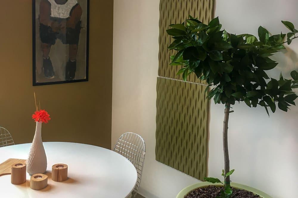 Дюплекс, ванна з гідромасажем (Design) - Обіди в номері