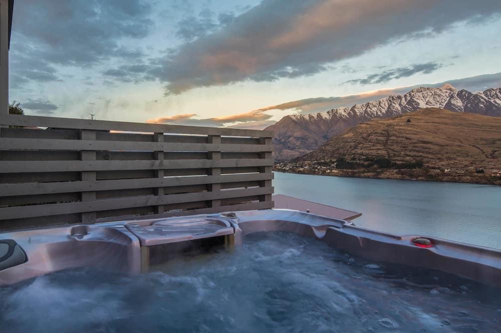 獨棟房屋, 多張床, 湖景 (Mountain & Lake Views) - 室外 Spa 池