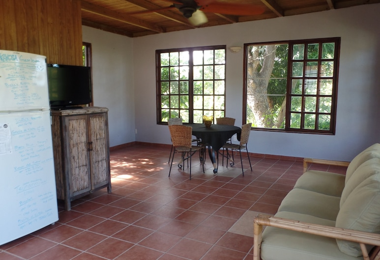 Isla Hermosa Guesthouse, Vieques, Living Room