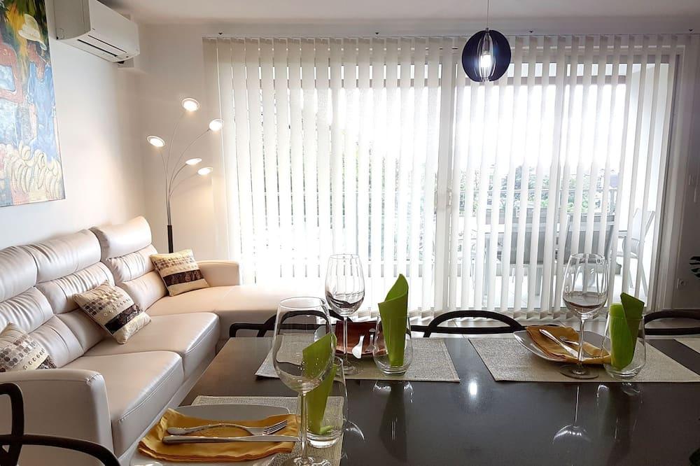 Apartment, 2 Bedrooms, Partial Sea View - Ruang Tamu