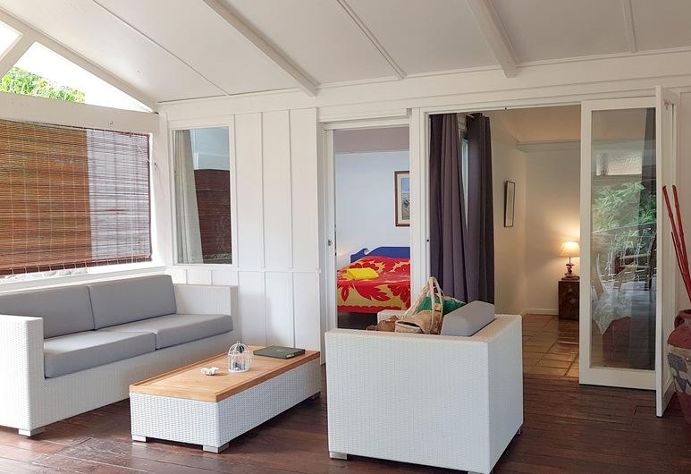 Villa Vaimoana, Punaauia, Villa, 3 Bedrooms, Sea View, Living Area