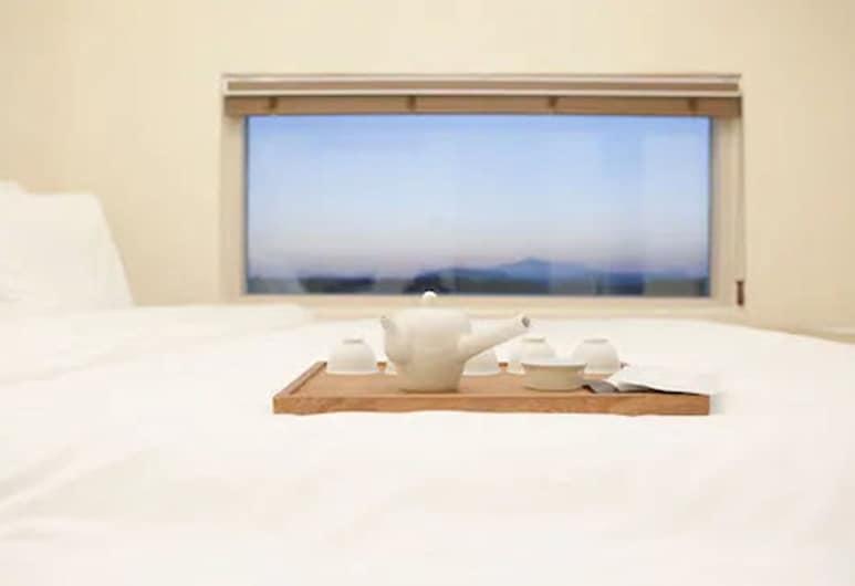 奇烏達森茶與冥想渡假村, 西歸浦, 家庭客房, 客房