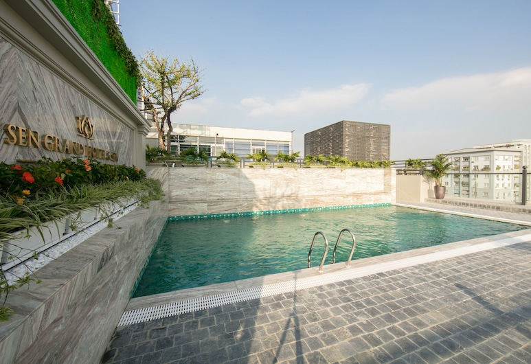 Sen Grand Hotel & Spa managed by Sen Group, Hanoi, Pool