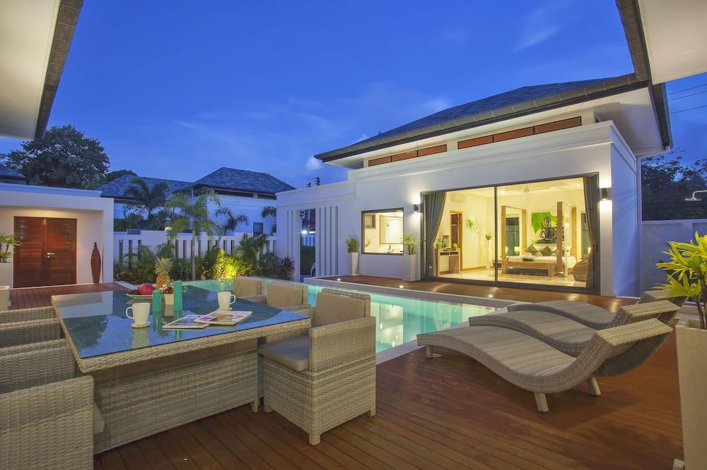 3-Bedroom Pool Villa - Private pool