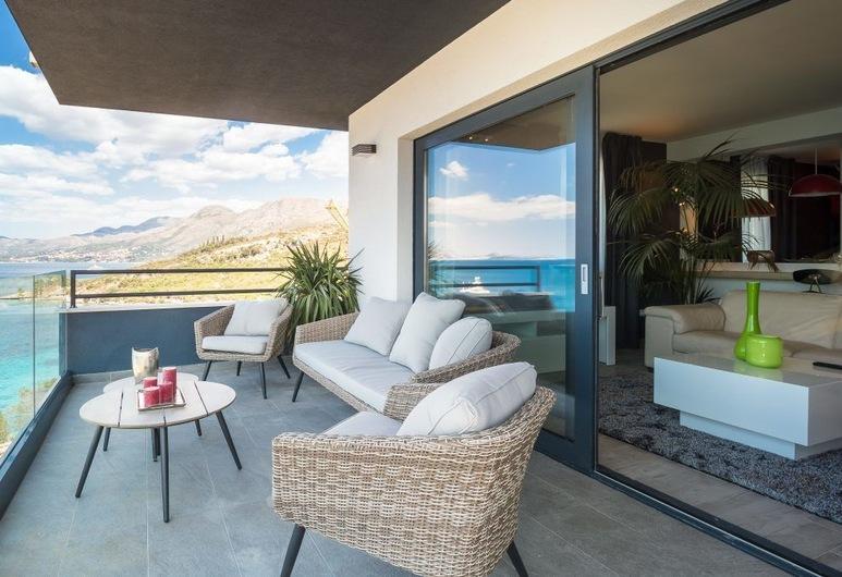 Residence Alpha, Konavle, Deluxe Apartment, 2 Bedrooms, Balcony, Sea View, Balcony