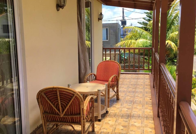 Apartment With 3 Bedrooms in Pointe aux Sables, With Enclosed Garden and Wifi - 1 km From the Beach, Port Louis, Terraza o patio