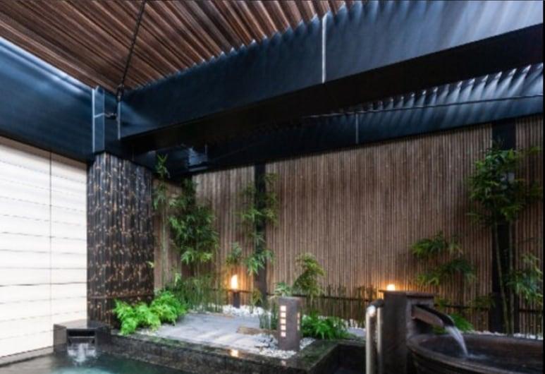 APA HOTEL PRIDE <KOKKAIGIJIDOMAE> National Diet Bldg., Tokyo, Outdoor Spa Tub