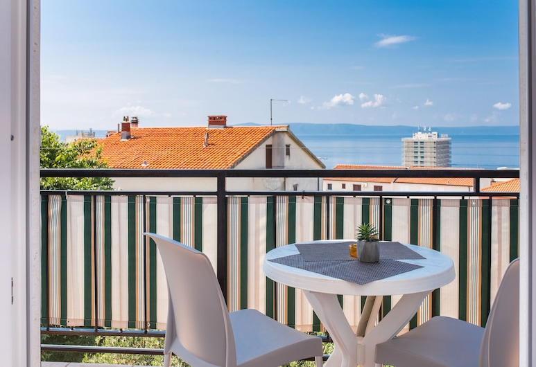 Apartments Colors Antunovic, Makarska, Studio Apartment with Balcony and Sea View, Μπαλκόνι