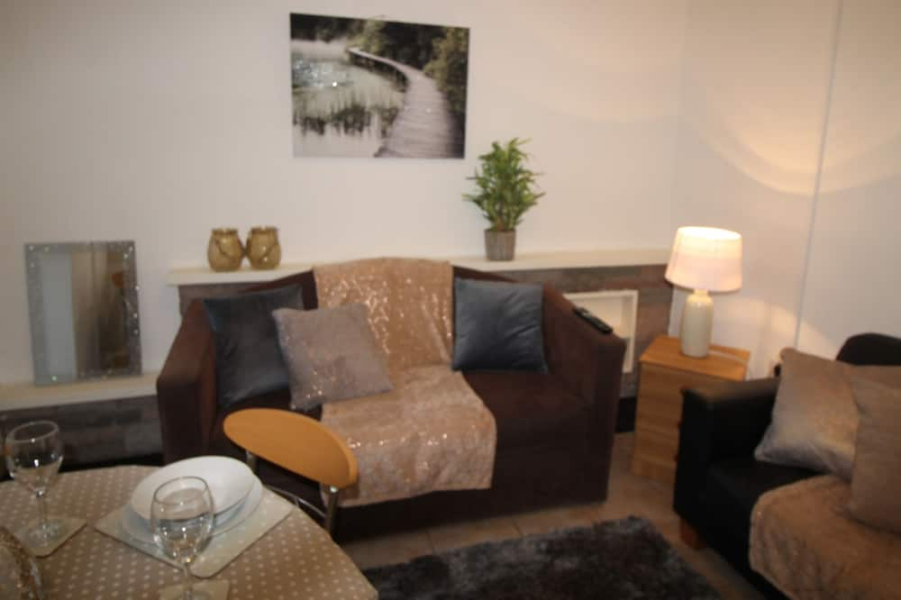 Comfort House, Private Bathroom, Mountain View - Lounge
